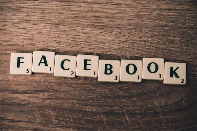 【FB】友達から自分への投稿を他の友達に閲覧させない方法