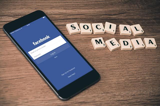 フェイスブックでのアプリ&ゲームの招待をブロックする方法